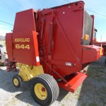 New Holland 644 Round Baler  SOLD! for $15,000.00